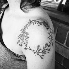 #blvck #linework #tattoodesign #wreath #tattoo #minimaltattoo #flyingirons