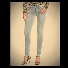 NWT SOLD Design Lab Super Skinny Jeans Gorgeous and comfy new SOLD design lab jeans in light blue. Size 25 30 inseam - Retails for $148.                                               Offers Considered No Trades Please use the offer button below Thanks for looking!!! SOLD Design Lab Jeans Skinny
