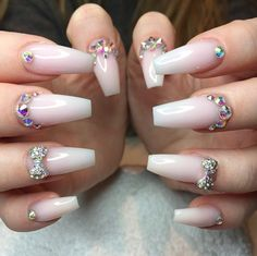 I don't like acrylic nails, but there's a lot of great designs out there, so I have to pin regardless.