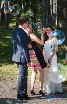Seifenblasen Agape - die Braut Couple Photos, Couples, Wedding Bride, Mariage, Soap Bubbles, Couple Shots, Couple, Couple Pics