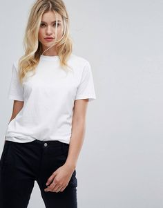 Order Selected Femme my perfect tee online today at ASOS for fast delivery, multiple payment options and hassle-free returns (Ts&Cs apply). Get the latest trends with ASOS. Fashion Today, Womens Fashion Online, Fashion Women, 50 Fashion, Casual T Shirts, Cool T Shirts, Blazer Fashion, Fashion Outfits, Cheap Fashion