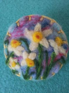 Needle felted brooch, handmade unique gift -flowers daffodils