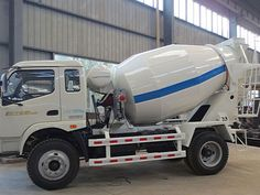 Aimix offers many concrete mixer trucks for sale of good performance, and our concrete truck mixers for sale have been exported to worldwide countries. Types Of Concrete, Concrete Materials, Peterbilt, Cummins, Ready Mixed Concrete, Mixer Truck, Concrete Mixers, Striped Walls, Hydraulic Pump