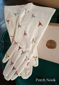 Rare Vintage Hickok Kid White Leather Gloves w/ by PorchNook