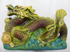 Dragão - peça em gesso