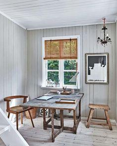 Chalet Interior, Interior Design, Scandinavian Cabin, Store Venitien, Swedish Cottage, Turbulence Deco, Cabin Kitchens, Fabric Houses, Cabin Interiors