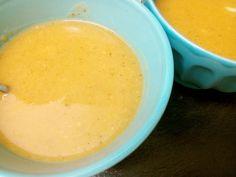 Que bem que sabe chegar a casa cheia de frio e comer uma sopa quentinha, além de super reconfortante é uma optima forma de incorporarem vegetais na vossa alimentação ou na dos mais pequenos, que po…