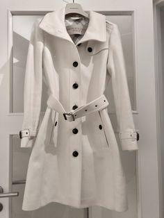 Love Burberry coats