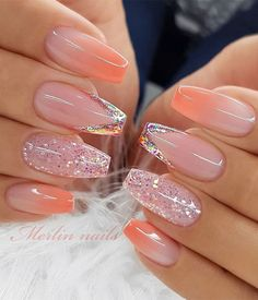 Coral Ombre Nails, Coral Acrylic Nails, Acrylic Nail Designs Glitter, Nude Nails With Glitter, Ombre Nail Designs, Best Acrylic Nails, Summer Acrylic Nails, Coral Nail Art, Chic Nails