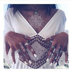 Silver, White & Tan⚡️ Thank you to @bohomoon accessorising their gorgeous jewellery range with our White Mandala Tattoos  Shop this look ➡️️shop.uniquefreak.co.uk  #uniquefreaktattoos #whitetattoos #jewelleryaddict #silverrings #bohochic #bohostyle #vogue #stylist #fbloggers #whitenails #lifestyle #gypsysoul #tats #hennatattoo #fashionista #beachglam #ibiza #marbella #vegas #YBBW #saturdayvibes
