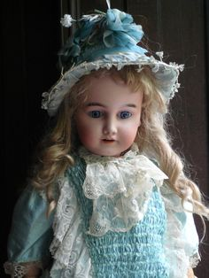 """""""MON TRESOR"""" large rare doll made for the french market"""