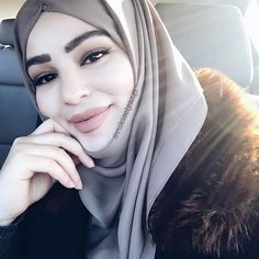 the less u care, the happier u'll be _________ Eyebrows Highlighter and Liquid Lipstick ✨ Muslim Couples, Hijab Outfit, Simple Makeup, Anastasia Beverly Hills, Liquid Lipstick, Turban, Bellisima, Hijab Fashion, Cute Couples