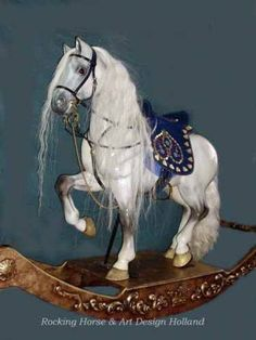 I Want to Buy an Antique Rocking Horse. This must be the most beautiful rocking horse I have ever seen, would love one just as a decorative piece of furniture :-) Antique Rocking Horse, Rocking Horse Toy, Vintage Horse, Pretty Horses, Beautiful Horses, Corona Real, Carosel Horse, Deco Originale, Wooden Horse