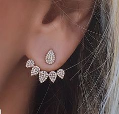 Trending Ear Piercing ideas for women. Ear Piercing Ideas and Piercing Unique Ear. Ear piercings can make you look totally different from the rest. Crystal Earrings, Women's Earrings, Crystal Rhinestone, Flower Earrings, Simple Earrings, Silver Earrings, Diamond Earrings, Crystal Jewelry, Statement Earrings
