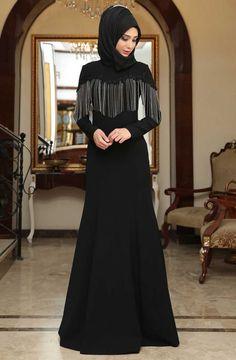 """Amine Hüma Rana Zincirli Abiye Elbise 3085 Siyah Sitemize """"Amine Hüma Rana Zincirli Abiye Elbise 3085 Siyah"""" tesettür elbise eklenmiştir. https://www.yenitesetturmodelleri.com/yeni-tesettur-modelleri-amine-huma-rana-zincirli-abiye-elbise-3085-siyah/"""