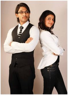 Allu Arjun with Kajal Agarwal in Arya 2