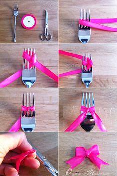 Diy : cute ribbon bow made using a fork diy как сделать бант Diy And Crafts, Arts And Crafts, Paper Crafts, Diy Bow, Ribbon Bows, Ribbons, Ribbon Diy, How To Make Bows, Diy Gifts