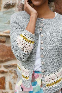 Ravelry: Hanabira pattern by Eline Alcocer