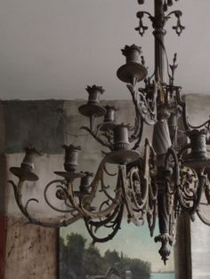 iron chandelier- so beautiful!