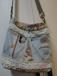 Altered Upcycled Denim Tote Bag Purse Hand Bag by robyn Denim Tote Bags, Denim Handbags, Denim Purse, Blue Jean Purses, Denim Ideas, Denim Crafts, Recycled Denim, Patchwork Bags, Fabric Bags