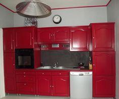 Peindre des meubles de cuisine peinture grise cr dence - Cuisine rustique relookee ...