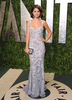 Glittering Column V-neck Crystal Beaded Sexy Selena Gomez Vanity Fair Oscar Party Evening Dresses Oscar Dresses, Evening Dresses, Prom Dresses, Summer Gowns, Beautiful Dresses, Nice Dresses, Gorgeous Dress, Selena Gomez Style, Selena Gomez Gown