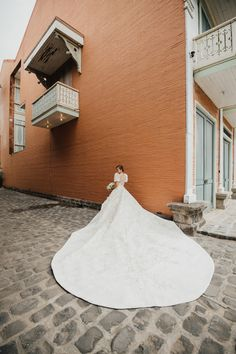 wedding gown You Will Fall in Love with This Regal Filipiniana Wedding in Bataan! Modern Filipiniana Gown, Filipiniana Wedding Theme, Luxury Wedding, Dream Wedding, Wedding Blog, Wedding Vows, Elegant Wedding Dress, Perfect Wedding Dress, Wedding Dresses