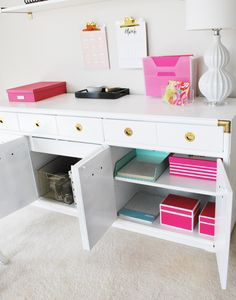 Office Organization An organized home office space with decor inspired by Kate Spade, part of the Op. Home Office Space, Office Workspace, Home Office Design, Home Office Decor, Home Decor, Office Spaces, Office Ideas, Ikea Office, Work Spaces