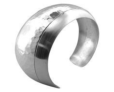 BT1512 graduated chunky sterling silver cuff http://www.tianguis.co.uk/shop/index.php/sterling-silver-wristwear/bt1512-graduated-chunky-sterling-silver-cuff.html