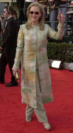 Kurti designs party wear - Meryl Streep's Style Evolution Silk Kurti Designs, Salwar Designs, Kurta Designs Women, Kurti Designs Party Wear, Dress Neck Designs, Designs For Dresses, Blouse Designs, Mode Abaya, Mode Hijab