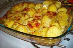 Para um bom acompanhamento, faça uma receita com batatas no forno dos deuses. Fácil de preparar e um gostinho perfeito.