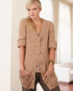 Womens Hand Knit Cardigan 43D