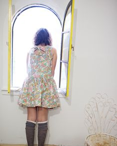 The coolest low waist 90s style flower hat dress you'll ever find!/Girls Fashion/stylish/flower dress