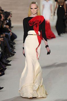 Stephane Rolland #fashion #girls #style #woman
