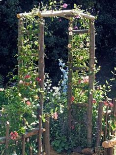 Stunning Creative DIY Garden Archway Design Ideas 25