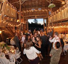 A Historical Country Barn Venue Yet 5 Minutes From Freeway Access The Perfect Palette For Your Dream Outdoor Wedding And Or Reception