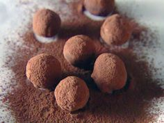 Look at this recipe - Balsamic Chocolate Truffles - from Giada De Laurentiis and other tasty dishes on Food Network. Giada De Laurentiis, Dark Chocolate Truffles, Melting Chocolate, Chocolate Brownies, Chocolate Covered, Dessert Chocolate, Healthy Chocolate, Chocolates, Vodka