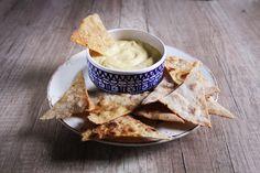 Ako si vyrobíme domáci vegánsky syr - rebarbora.blog Veggie Recipes, Veggie Food, Ale, Veggies, Ethnic Recipes, Food Ideas, Vegetarian Food, Vegan Sos Free, Vegetarian Meals