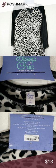 Was $13 NWT Sleep shirt 💯 polyester! Size M Warm and cozy pajama sleep shirt sleep chic Intimates & Sleepwear Pajamas