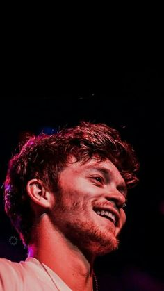 Connor Ball Juicy Fruit, The Vamps, Wild Hearts, Tom Holland, Music Bands, Fall Halloween, Music Artists, Oc, Icons