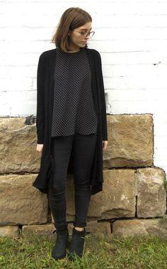 Megan Longline Cardigan Pattern - Patterns - Tessuti Fabrics - Online Fabric Store - Cotton, Linen, Silk, Bridal & more