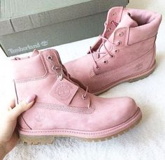 pink, shoes, and timberland image How To Wear Timberlands, Pink Timberlands, Timberland Boots Outfit, Timberlands Women, Trendy Shoes, Cute Shoes, Shoe Boots, Shoes Heels, Shoe Bag
