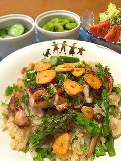 Miki's dish photo アスパラとチキンのガリバタ醤油ごはん http://snapdish.co #SnapDish #レシピ #炒めご飯/チャーハン