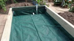 Step by step pictures on how to build a wicking garden bed