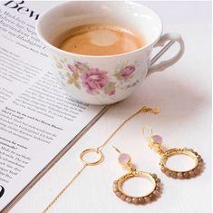 Wenn alles rund läuft... #bracelet #tarastyle #ohrringe #jewelry #coffee #schmuck #zurich Karma, Tea Cups, Tableware, Bracelets, Style, Dusty Pink, Ear Rings, Round Round, Chain