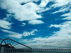 #sky #cloud #blue #white #구름 #하늘 #Luckee