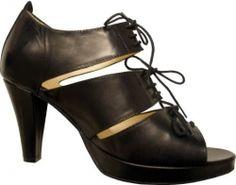 Zandra sandal, Camilla Norrback - Ecoluxury. Yalo eco wear.
