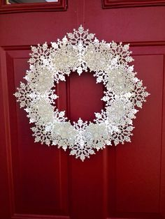 18 snowflake wreath silver and white  by BEaBLESSING12 on Etsy, $35.00