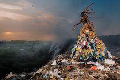 Nașterea Hafroditei din fumul haldei de gunoi