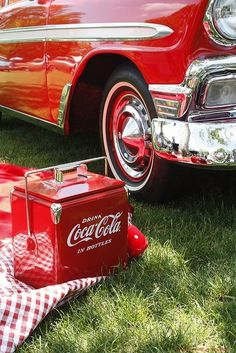Coca-Cola cooler and vintage car at Greenfield Village in Dearborn, MI Coca Cola Cooler, Coca Cola Ad, Always Coca Cola, World Of Coca Cola, Coca Cola Vintage, Henry Ford Museum, Drinks, Summer Picnic, Picnic Time